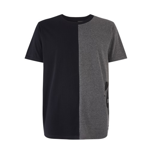"<span style=""font-size:14px"">FEATURES</span><br />